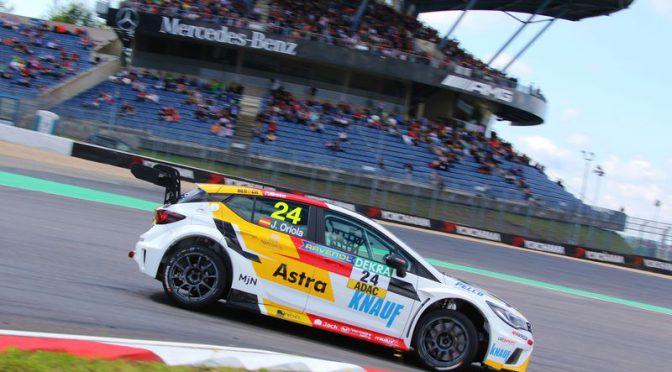 Josh Files gewinnt erstes Rennen der ADAC TCR Germany
