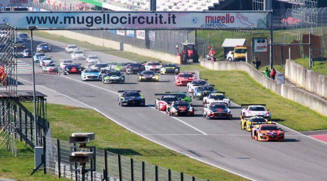 Erster Sieg für V8 Racing Renault RS01 FGT3 in Mugello
