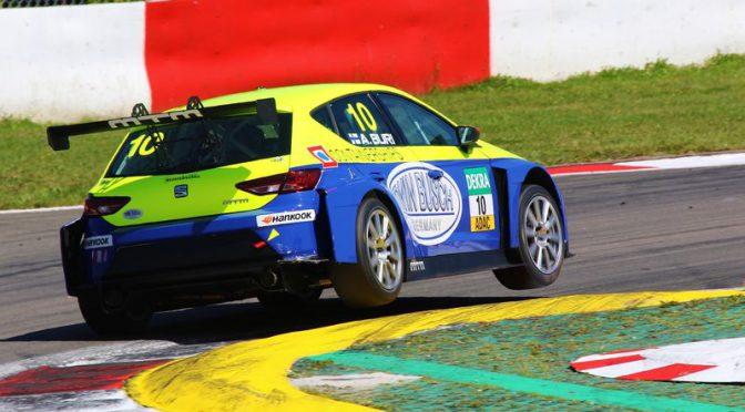 Antti Buri gewinnt spektakuläres erstes Rennen der ADAC TCR Germany in Zandvoort